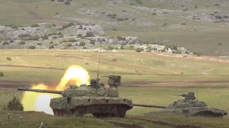 «Сербия заигрывает с Китаем, а кланяется России»: европейский обозреватель о возможности нового витка балканских войн
