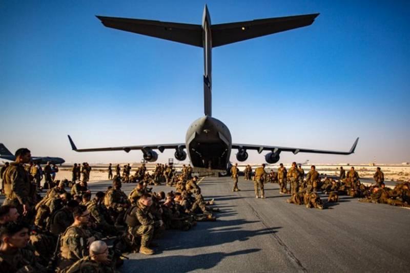 США начали вывод военного контингента из аэропорта Кабула