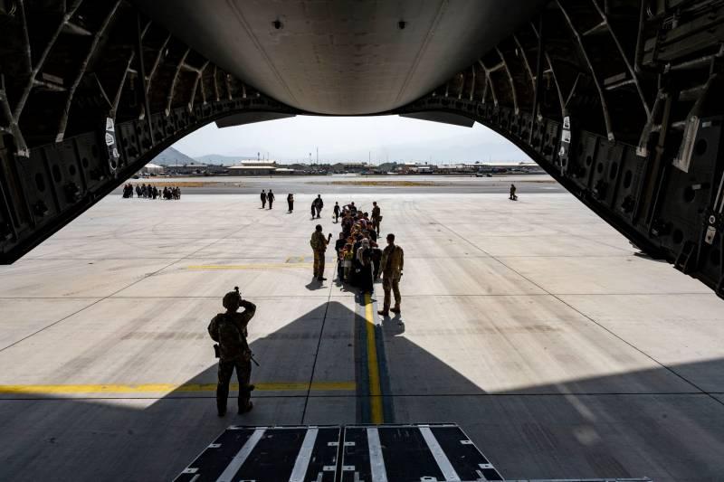 «США - на выход»: последние часы пребывания американской армии в Афганистане