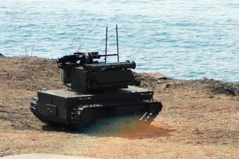На учениях «Запад-2021» впервые задействовали боевых роботов «Платформа-М»
