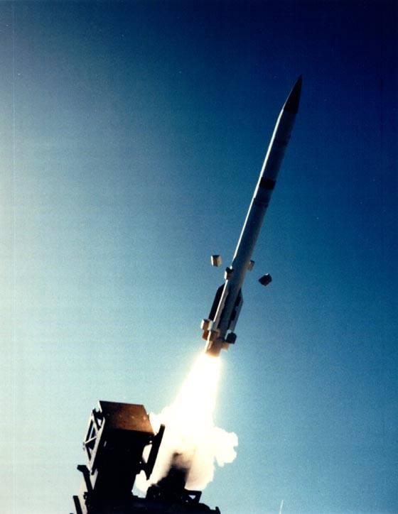 Импортные ЗРК для развития ПВО Украины: актуальные проблемы и бесполезные планы