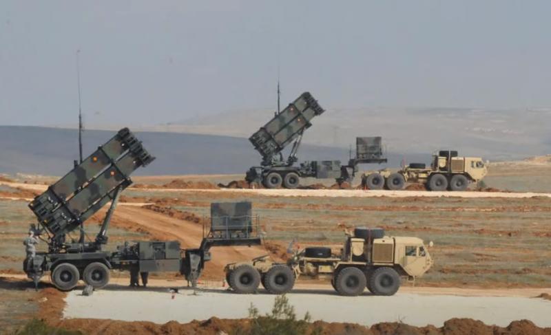 Саудовский принц призывает США доказать дружбу: «Американцам нужно отказаться от вывода ракет Patriot из Саудовской Аравии»