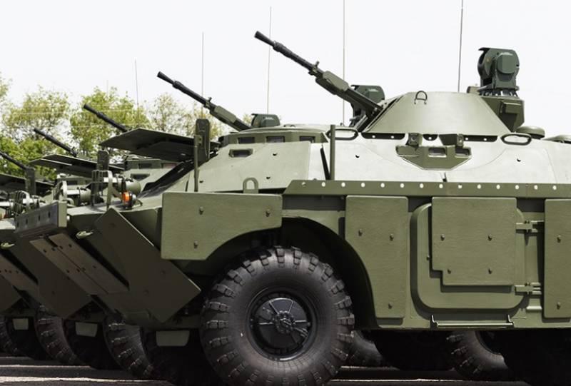 В целях укрепления границы с Афганистаном Россия передала Таджикистану партию военной техники