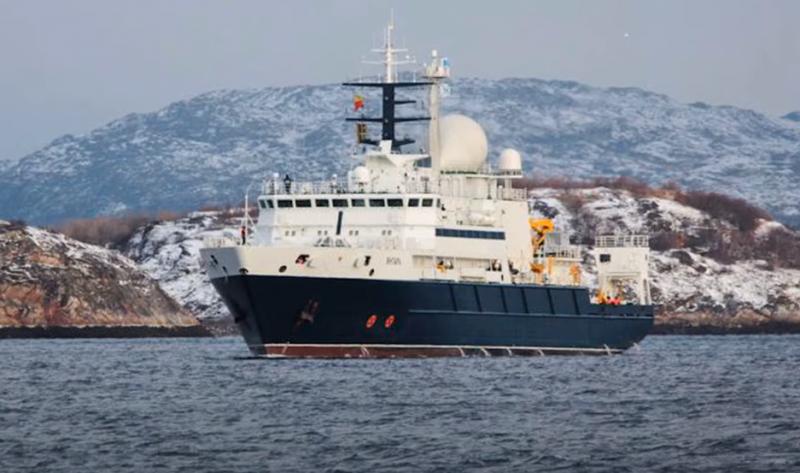 Появление российского «охотника за коммуникациями» у побережья Ирландии встревожило британцев
