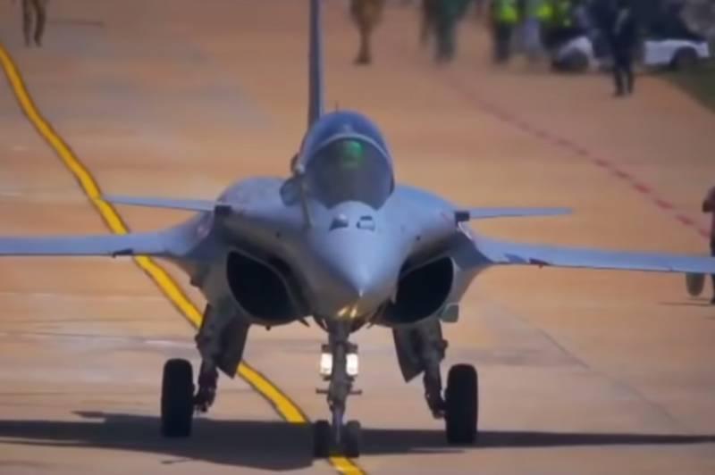 Авиастроители Индии ускоряют свою программу стелс и опираются на российские технологии