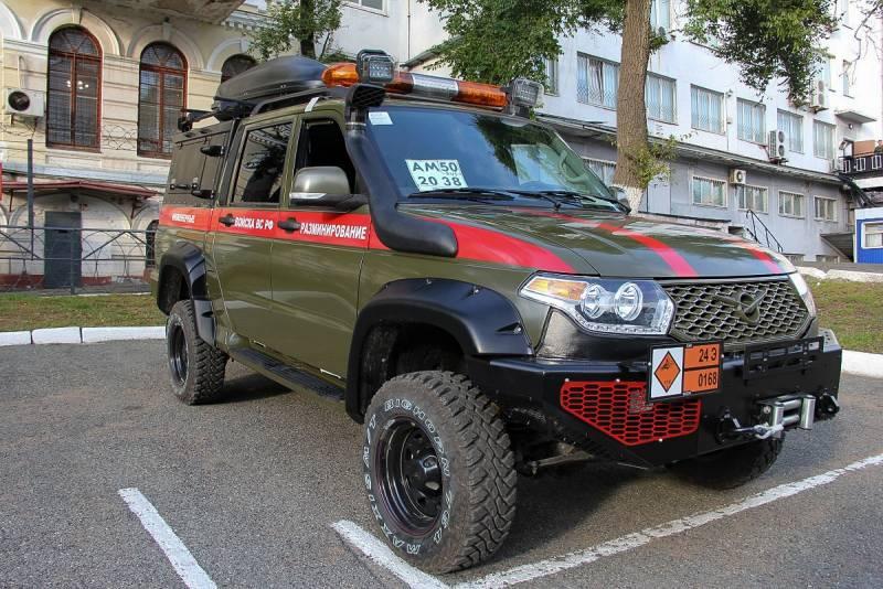 Спецавтомобиль групп разминирования на базе пикапа УАЗ-2363 поступил на вооружение инженерного полка ТОФ