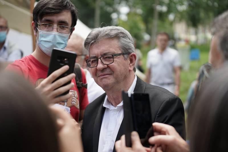 Французский депутат призвал запретить открытие центра НАТО в Тулузе и выйти из альянса