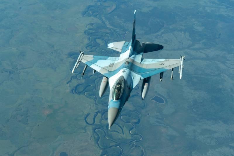 «Иначе придётся закупить Gripen»: на Филиппинах недовольны ценой американских истребителей F-16