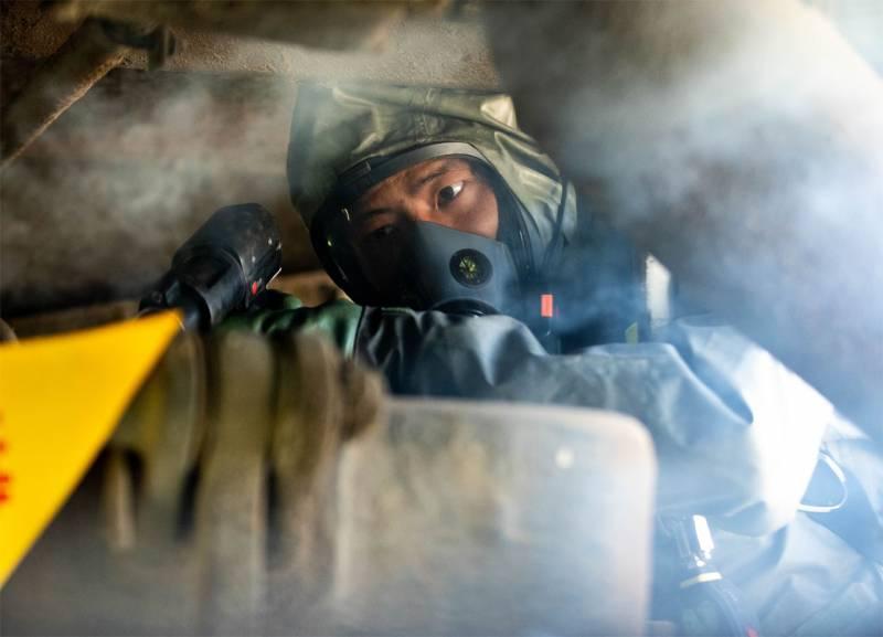 В Индии: Китайские офицеры замечены на постах пакистанской армии в Кашмире
