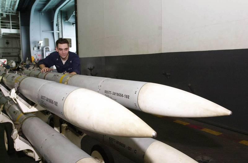 Boeing LRAAM: концепт ракеты «воздух-воздух» для замены AMRAAM