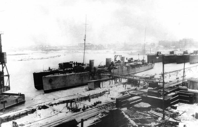 Экспедиция особого назначения. Переход эсминцев с Балтики на Тихоокеанский флот