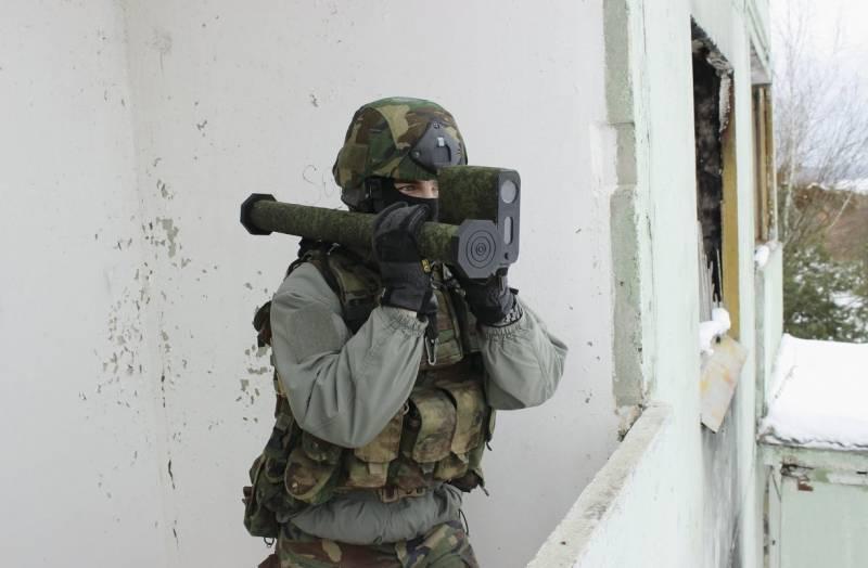 Белорусские военные испытали лёгкий гранатомёт «Сапфир»