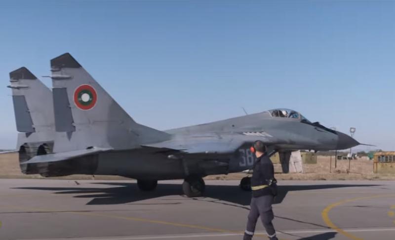 Минобороны Болгарии намерено расторгнуть контракт с Россией на ремонт истребителей МиГ-29