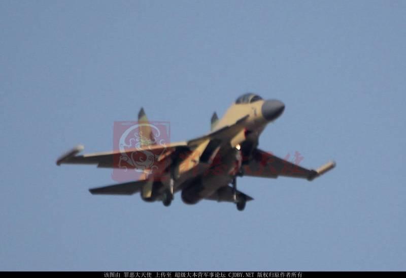 Самолет РЭБ Shenyang J-16D появился на публике