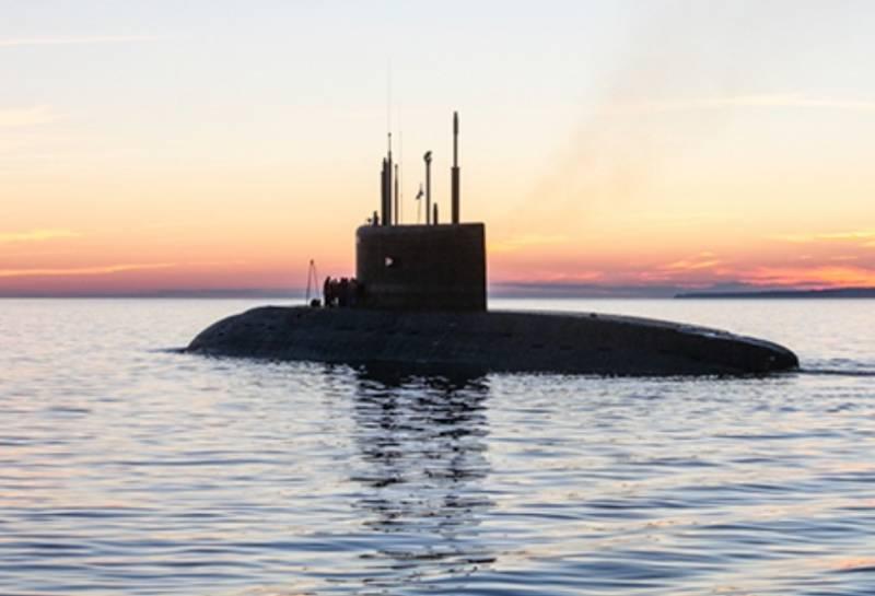 В Чёрном море подлодки ВМФ РФ отрабатывали ракетный удар по кораблям условного противника