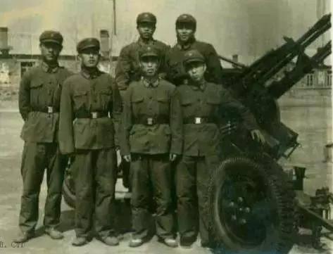 Служба и боевое применение китайских зенитных пулемётных установок в годы холодной войны