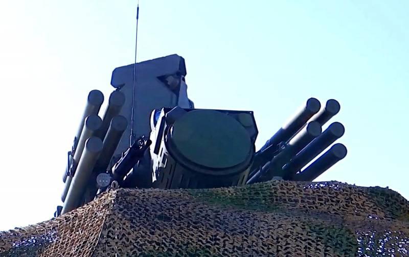 Сирийский ЗРПК «Панцирь-С» перехватил израильские ракеты