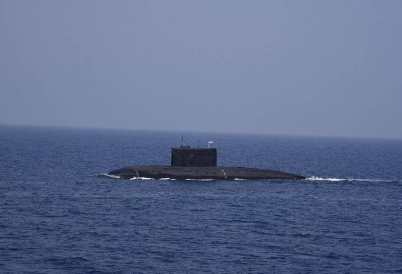 ВМС Индии опровергают данные об обнаружении и блокировании своей субмарины в территориальных водах Пакистана